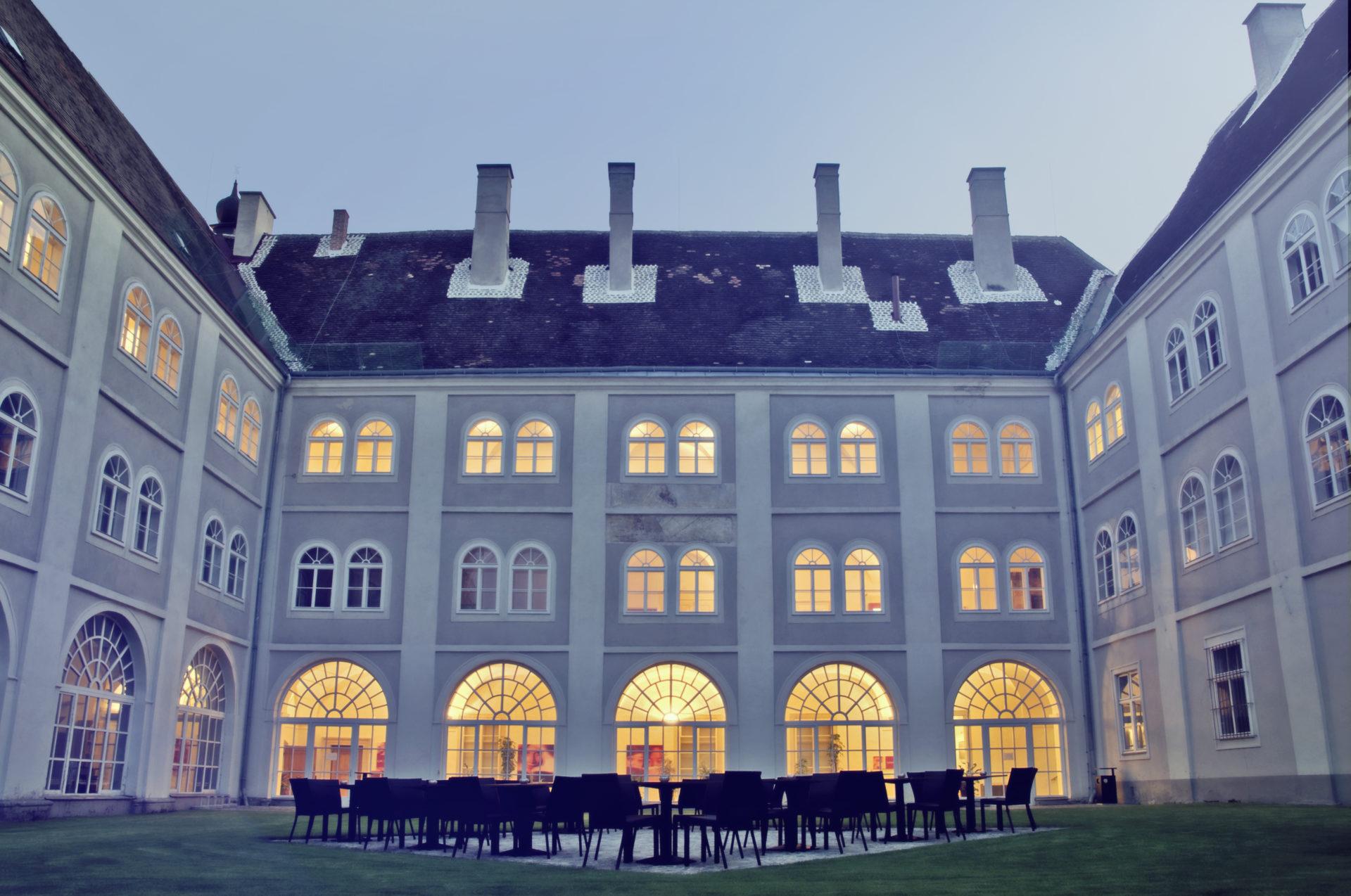 IMC Piaristengasse - Blick von Innenhof