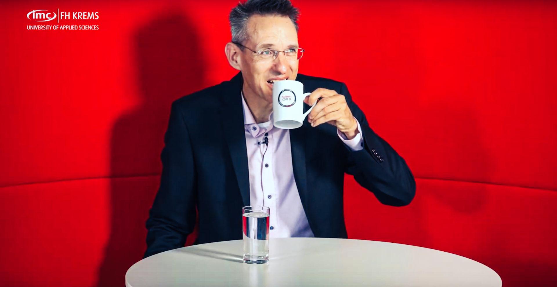 IMC Forscher Michi Bartz